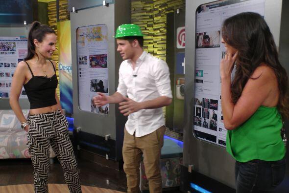 Y en el Rincón Social, William enseñó a Jordana... ¡a bailar bachata!