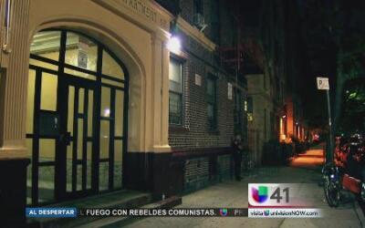 Hombre muere apuñalado en Brooklyn