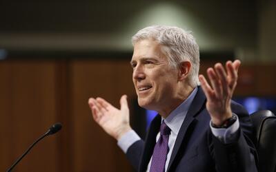El juez Neil Gorsuch durante un momento de su audiencia en el Senado.