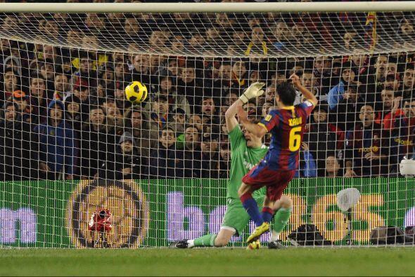 Xavi quedó habilitado ante Casillas y con enorme clase defni&oacu...