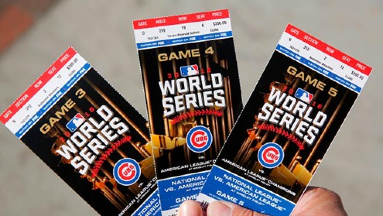 Las entradas para los juegos de los Cubs de Serie Mundial en Chicago pue...
