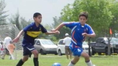 Varios equipos de jóvenes participaron en la división 14 como parte de l...
