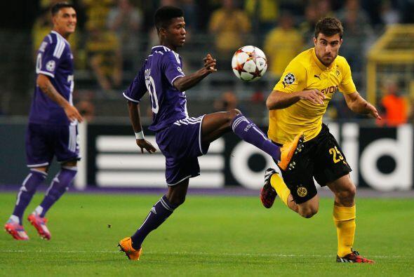 El Borussia Dortmund venció devisitante 3-0 al Anderlecht con doblete de...