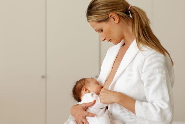 Amamantar a todos los recién nacidos durante la primera hora desd...