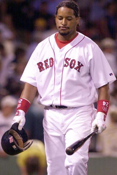 En el verano de 2003, Ramírez se perdió varios juegos por una faringitis...