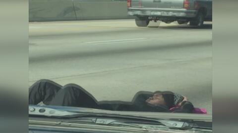 Hombre bloqueó el tráfico de la carretera 610 por casi una hora