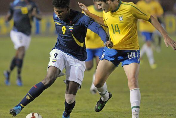 En tanto en otro encuentro de la categoría Brasil le ganó...