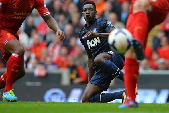Ante la ausencia de Wayne Rooney por lesión, Danny Welbeck estaba en el...