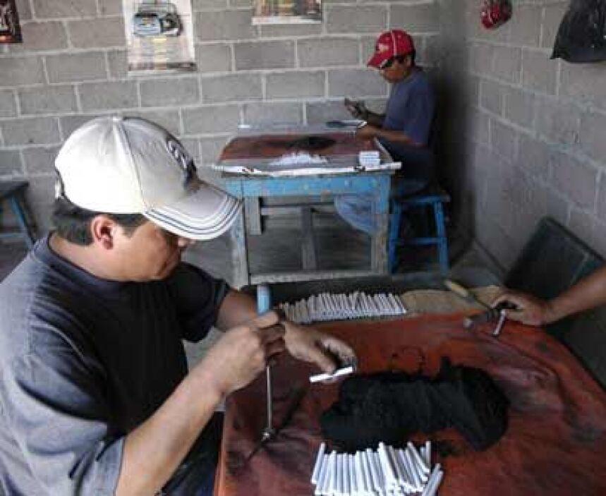 Víctor Javier Flores Ortega lleva 8 años preso por robo de vehículo y pr...
