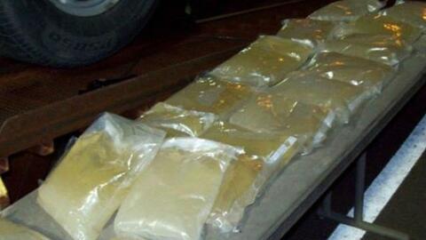 Los más 100 kilos de metanfetamina líquida decomisada en T...