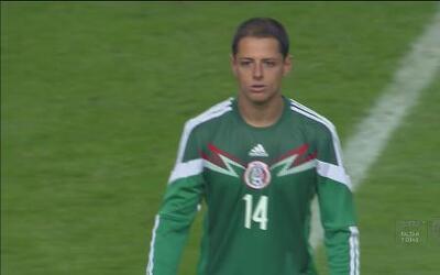 Javier 'Chicharito' Hernández podría ser hombre récord ante Paraguay
