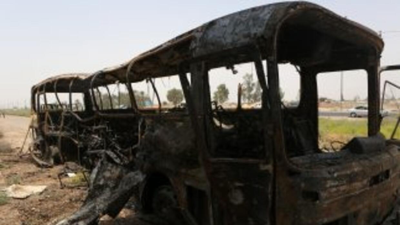 El ataque fue perpetrado con varios artefactos explosivos, que estallaro...
