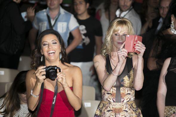 Eva y Melanie se la pasaron sacando fotos.
