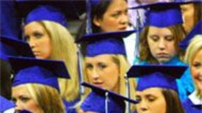 Indocumentados podrían ingresar a mejores universidades en Texas 7973e03...