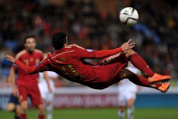 España perdió la condición de número uno, que defendió durante 33 meses...