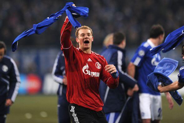 Al termino del partido, el Schalke se impuso y ya es parte de los Cuarto...
