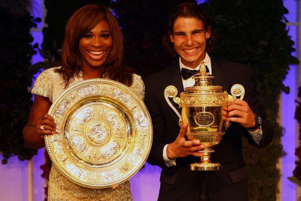 Y los dos monarcas de Wimbledon, Serena Williams y Rafael Nadal, no pod&...