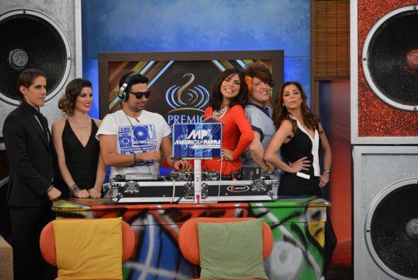 Doña Meche estaba feliz con sus amigas, Ale Espinoza y Lourdes Stephen.