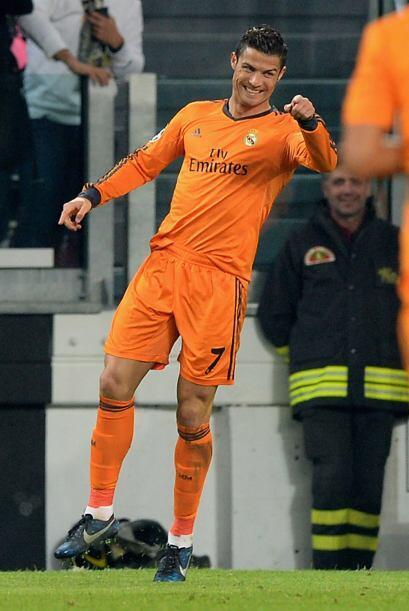 CR7 es el único jugador de la historia que promedia más de un gol por en...