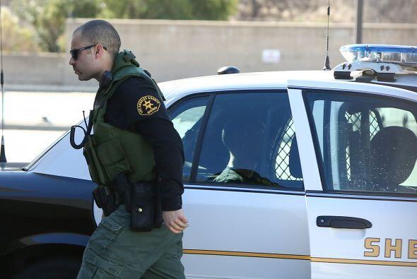 Oficiales regresaron a Lil Za a casa de Bieber, mientras continúa...
