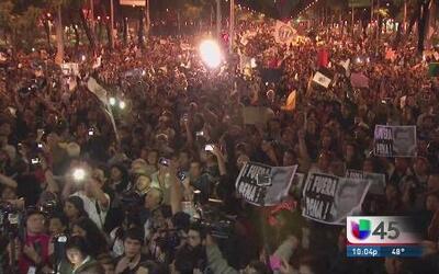 Caos en el D.F. en protesta contra Peña Nieto