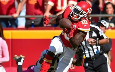 Acrobática recepción para touchdown de los Chiefs
