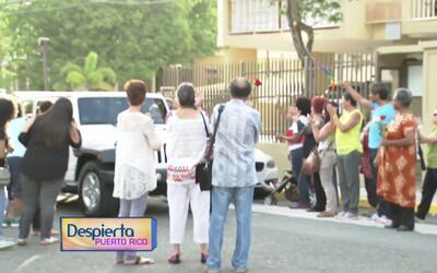 Decenas de personas celebran la libertad de Oscar López Rivera