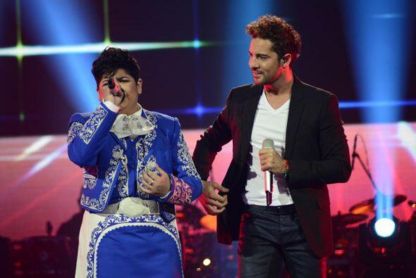 Ambos interpretaron a dueto uno de los hits del español.