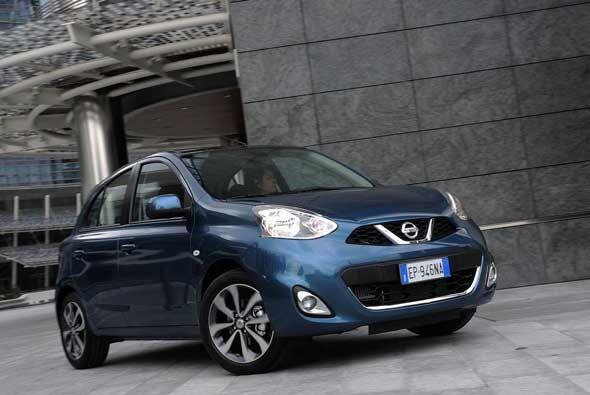 El pequeño auto de Nissan que funciona como modelo de entrada a la marca...