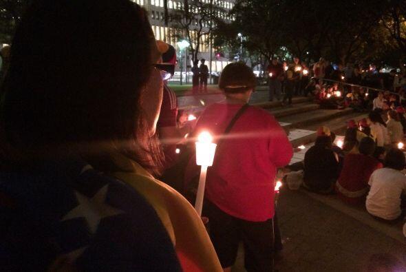 Por quinto día consecutivo, la comunidad venezolana de Houston se...