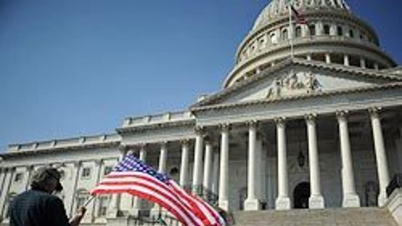 Congreso aprobó correcciones a la ley de salud tras maniobras de los rep...