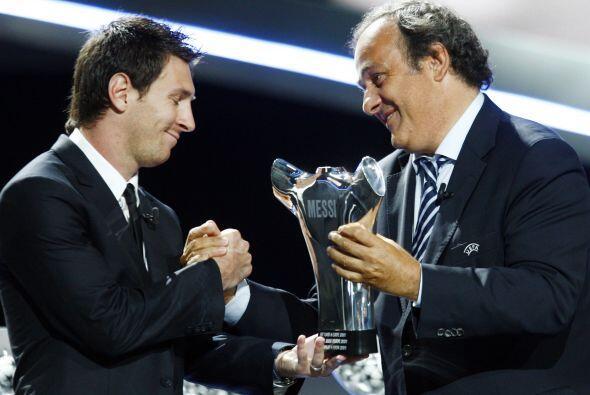 Como todos lo imaginaban, Messi fue el ganador y Michel Platini, preside...