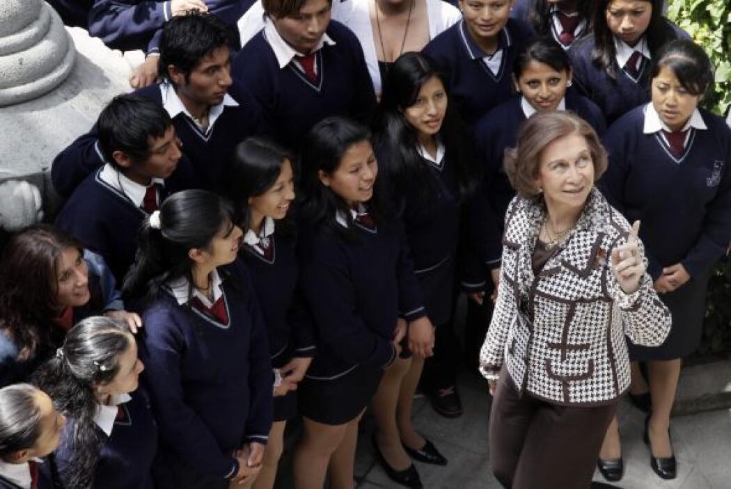 La Reina Sofía de España inició el jueves una visita de dos días a Ecuad...