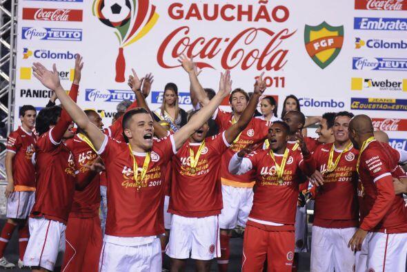Internacional tumbó a domicilio a Gremio en pleno estadio Ol&iacu...