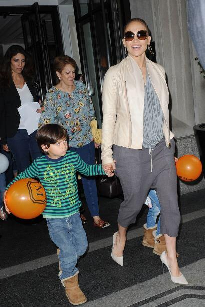 Las famosas que entre sus actividades se dedican a ser madres, adoran es...