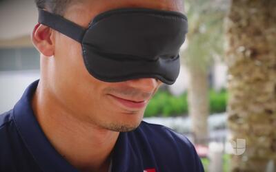 Con los ojos vendados, piloto de la F1 intenta adivinar las pistas de lo...