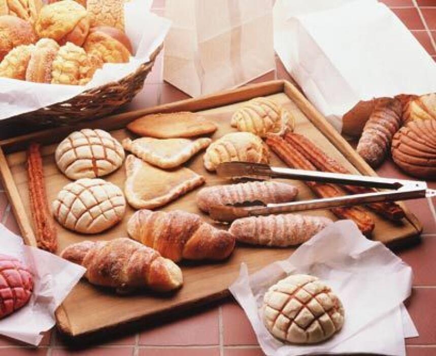 8. Compra en la panadería de la tiendaCada vez más supermercados venden...