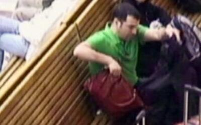 En unos segundos te roban la bolsa o la cartera, mira las imágenes