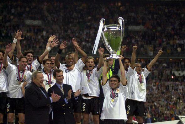 El primer campeón del nuevo milenio fue el llamado mejor club del...