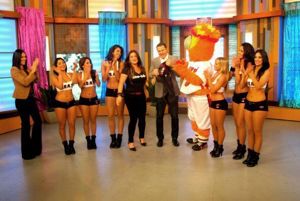Las bailarinas de los Miami Heat llegaron a Despierta América par...
