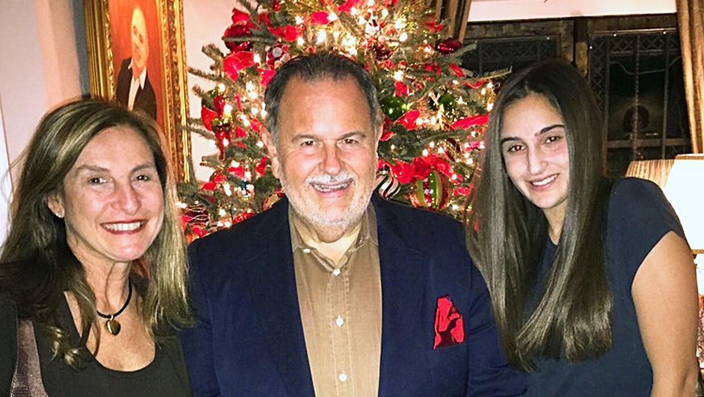 Raúl y Mia en Navidad.