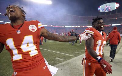 Los Chiefs congelaron a la ofensiva de Oakland y Kansas City ganó 21-13