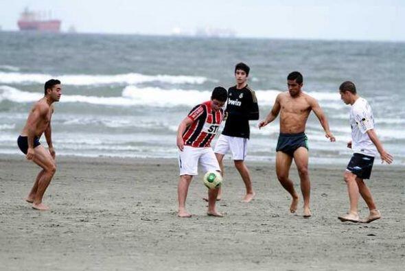 Los jugadores del Tri se divirtieron mucho (Foto: Twitter)