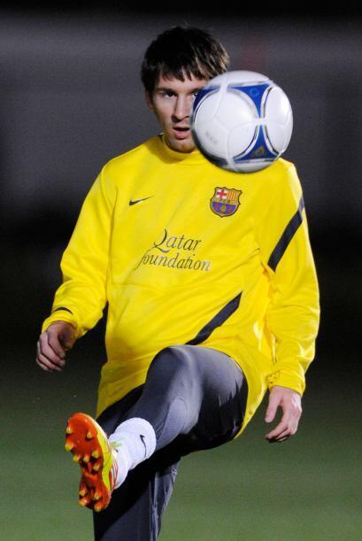 Lionel Messi se pasó gran parte de la práctica jugando con...