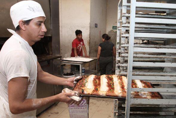 Actualmente se pueden encontrar desde rellenas de crema pastelera, chant...