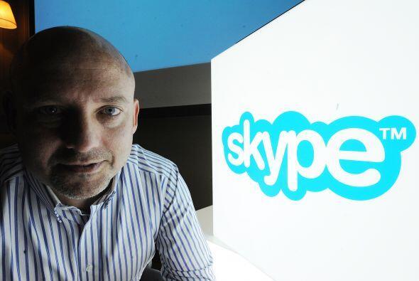 Las llamadas por Internet, tales como Skype ofrecen una experiencia tele...