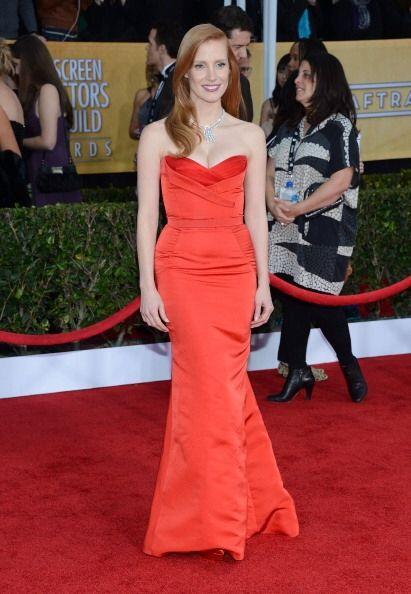 Jessica Chastain llevó otro memorable y ajustado vestido a la alf...