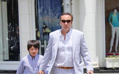 Nicolas Cage va de 'shooping' con su hijo Kal-El