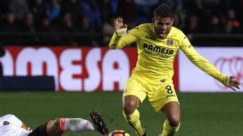 Valencia le pegó 2-0 a Villarreal.