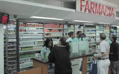 Six hours inside a Venezuelan pharmacy